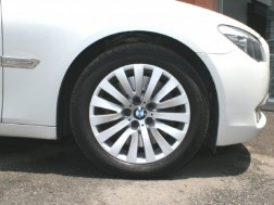 BMW 750i 左ハンドル
